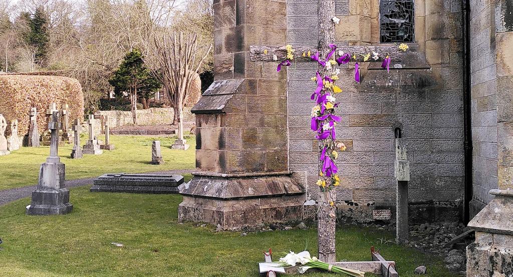 resurrection cross in churchyard